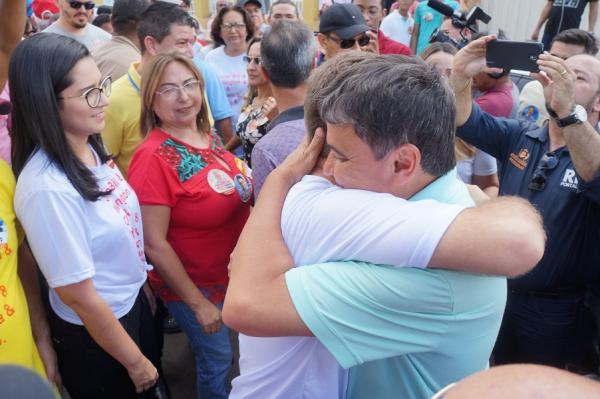 São Pedro do Piauí recebe Wellington Dias e o time do povo em grande caminhada