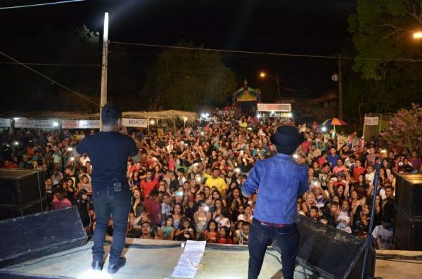 Meninos de Barão na comunidade Todos os Santos agita uma grande multidão
