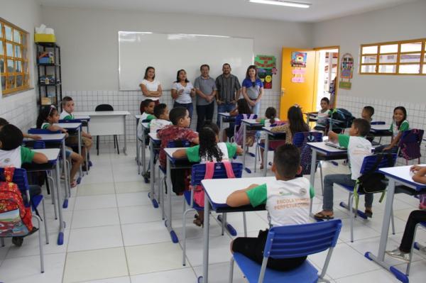Educação de Água Branca recepciona alunos em aula inaugural da Escola Padre João Batista Gougeon