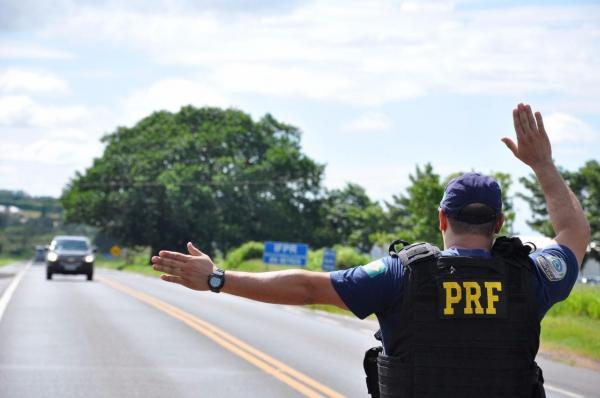 Polícia Rodoviária Federal registra dez acidentes durante 'Operação Eleições'