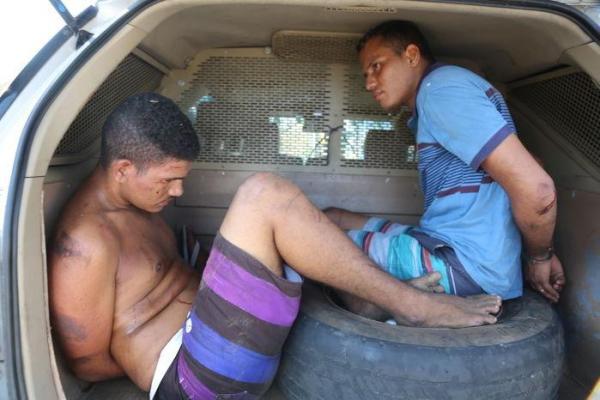 Bandidos são presos com carro roubado após sofrerem acidente durante perseguição policial na zona sul de THE
