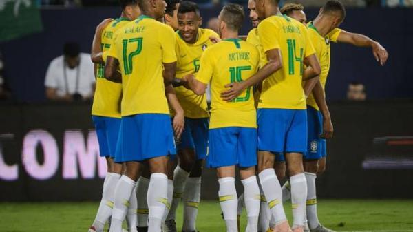 Brasil vence amistoso contra Arábia Saudita com dois gols