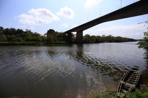Corpo de homem é encontrado por populares no Rio Poti em Teresina