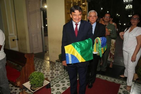 Dias defende que TSE vote impugnação de Bolsonaro antes das eleições