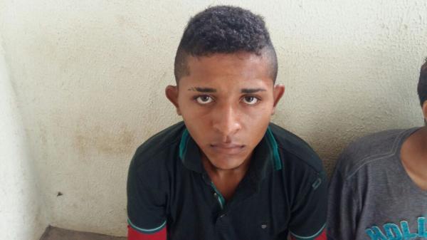 Traficante de Elesbão Veloso é preso com Drogas pela Força Tática em Água Branca
