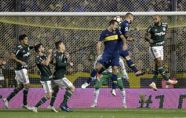 Palmeiras perde para o Boca por 2 a 0 e se complica na busca da vaga na final da Libertadores
