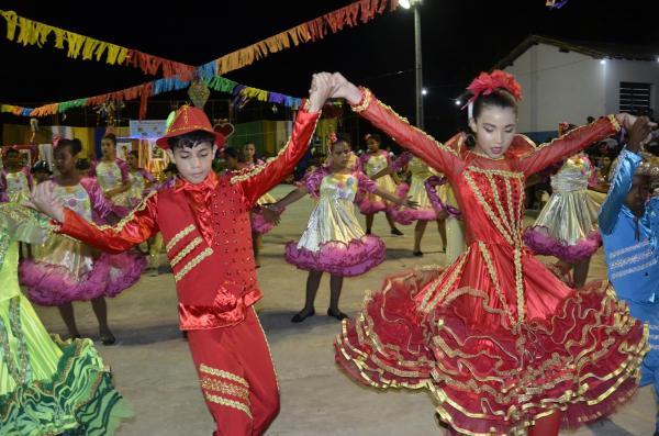 Angical do PI | Unidade Escolar Francelino Pereira promove II Sarau Cultural