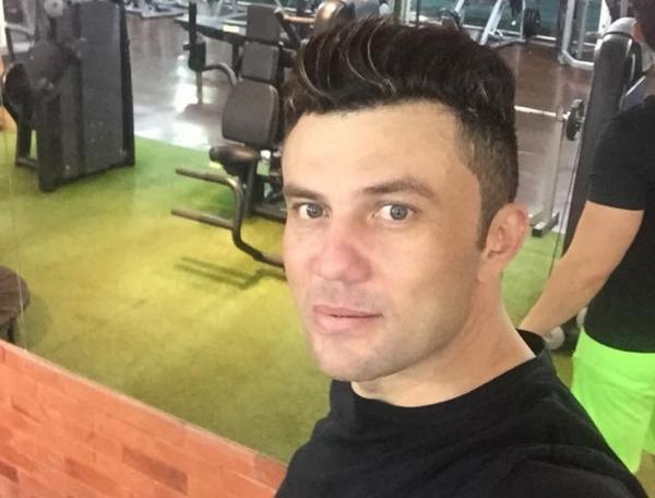 Piauí | Cantor é preso após abastecer carro e fugir sem pagar