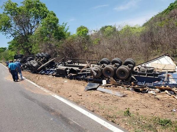 Piauí | Operação Finados registra 13 acidentes com 11 feridos e uma morte