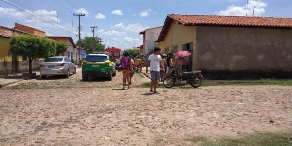 Vítima reage assalto e mata bandido no centro de Demerval Lobão
