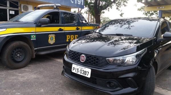 PRF prende condutor com veículo roubado na BR 316