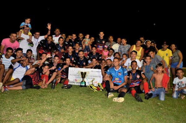 Muriçoca é campeão do II Torneio de Bairros em Barro Duro