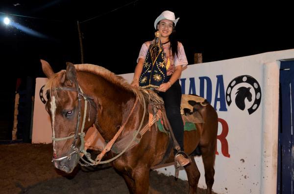 1ª pega de boi no limpo reúne centenas de vaqueiros, grande multidão e marca inauguração do Parque de Vaquejada em Agricolândia