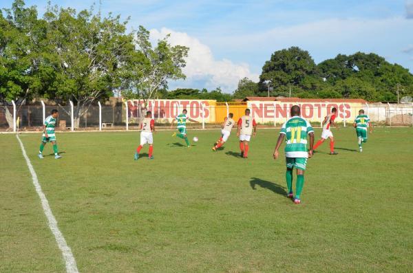 Imagem do jogo entre Francisco Ayres e AB City (Foto: Valdomiro Gomes/CANAL 121)