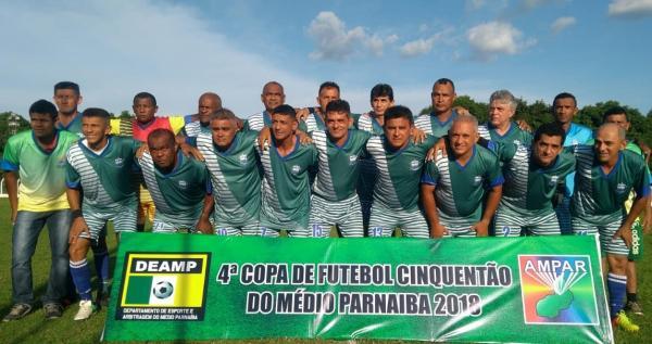 Elesbão Veloso goleia Água Branca e leva o título de campeão da 'Copa Cinquentões' do Médio Parnaíba