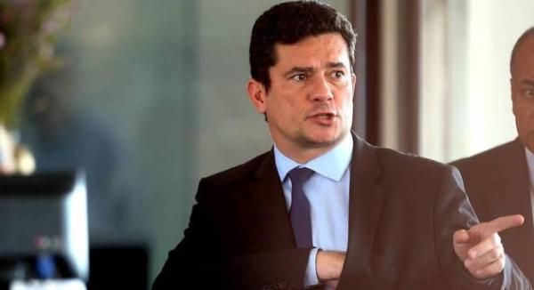Sérgio Moro pode acabar com visitas íntimas a presos
