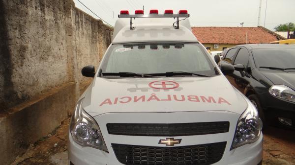 Secretaria de Saúde adquiri dois veículos novos e mais ambulância por emenda parlamentar