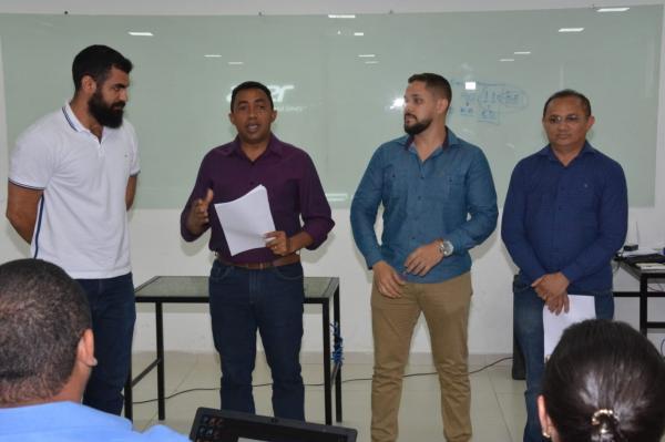 PMF esclarece pontos questionados no edital do concurso público