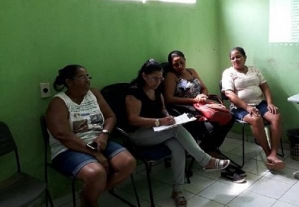 Prata do Piauí |  Encontro da comissão do PME discute metas e estratégia para Educação