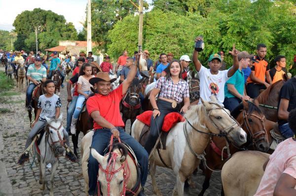 Cavalgada da Chapada do Genésio município de Santo Antônio dos Milagres é realizada com sucesso; imagens
