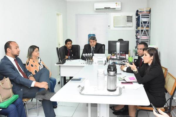 Reunião discute alto índice de demandas judiciais de medicamentos