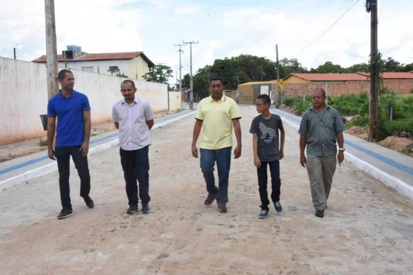 Pavimentação poliédrica da Av. Petrônio Portela será entregue nesta segunda (21)