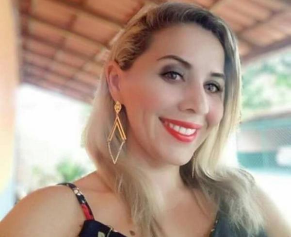 Aline Veloso (Imagem: Divulgação)