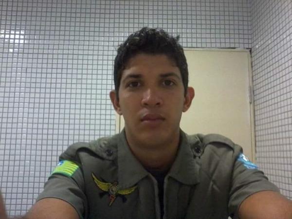 Policial militar é morto por outro policial na frente do filho na zona Leste de Teresina