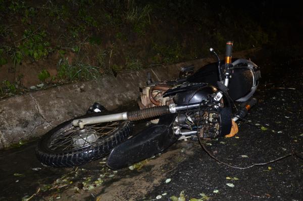Idosa morre e homem fica gravemente ferido em acidente na BR 343, entre Água Branca e São Pedro