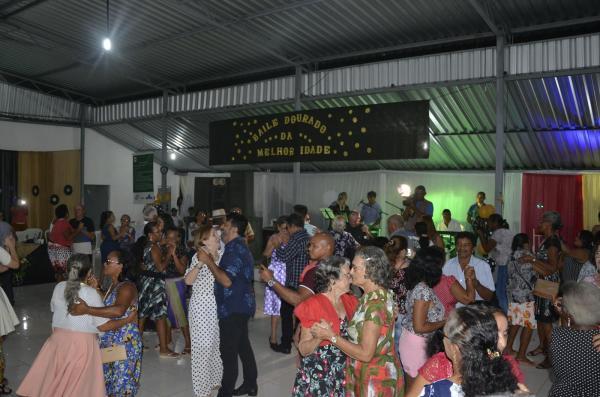 Angical do Piauí | Programa Vida Saudável realiza o Primeiro Baile Dourado da Melhor Idade; imagens