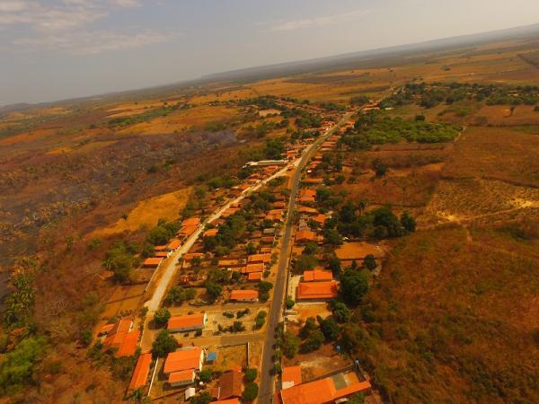 Povoado Pedras| Obra de pavimentação feita pelo Governo do Estado alcança quase 100% da comunidade