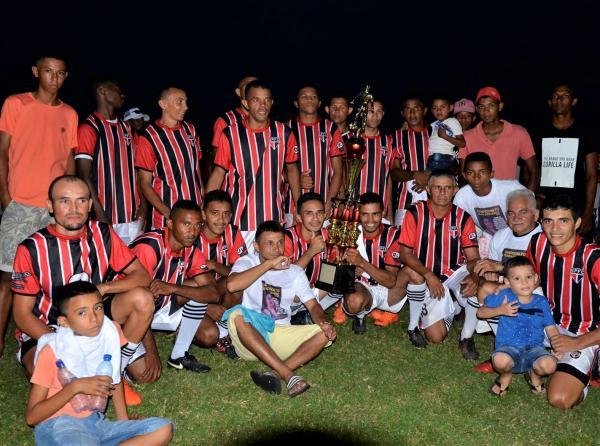 São Paulo vence Trintão e se consagra campeão municipal de futebol em Olho D'água do Piauí; imagens