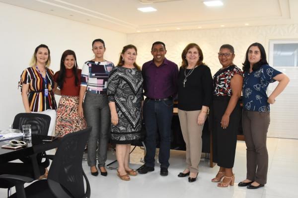 Secretaria de Saúde firma parceria beneficiando pacientes da Atenção Básica