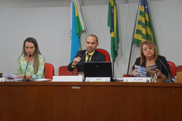Câmara | Aprovado Projeto de Lei que trata do Plano de Carreira do Magistério Público em São Pedro do PI