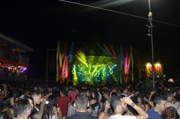 Água Branca | Romim Mata, Luketta e Johnny Fred comandam segunda noite do Carnaval; veja imagens