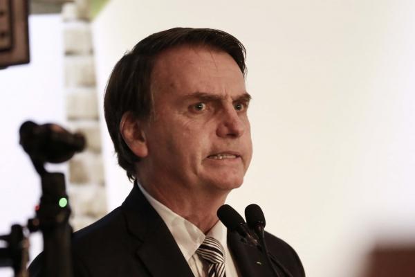 Presidente Jair Bolsonaro defende