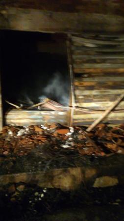 Incêndio em estofaria atinge residência e prédio em Picos