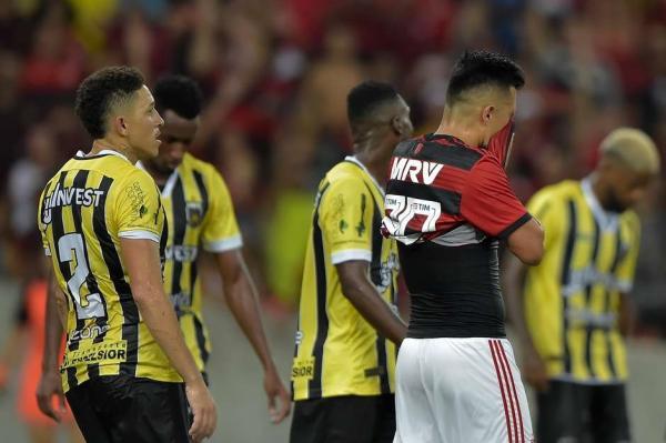 Flamengo tem gol anulado nos acréscimos e fica no empate contra o Volta Redonda