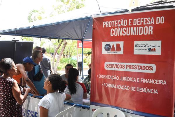 OAB-PI realiza ação em homenagem ao mês do consumidor