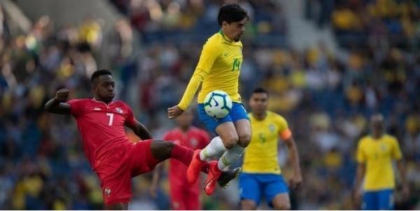 Apático, Brasil empata em 1 a 1 com Panamá e sai de campo vaiado