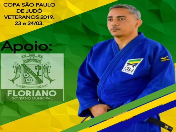 O atleta veterano Nilo Carvalho