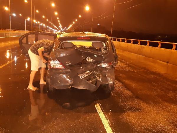 Cantor piauiense e família se envolvem em acidente na zona Leste de Teresina