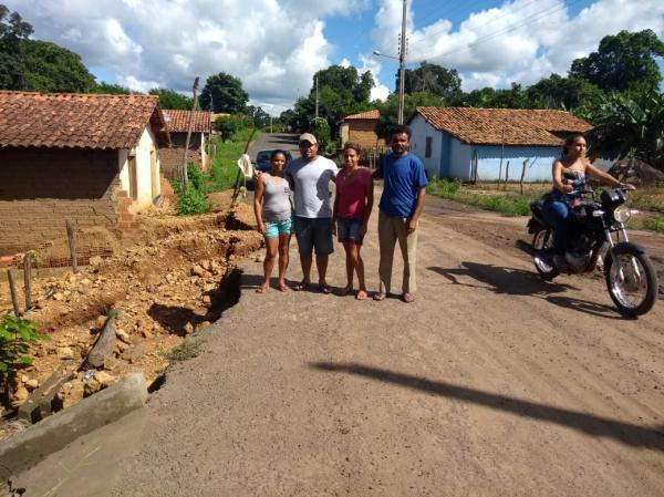 Após fortes chuvas, vereador agricolandense solicita construção de galeria no bairro Baixa