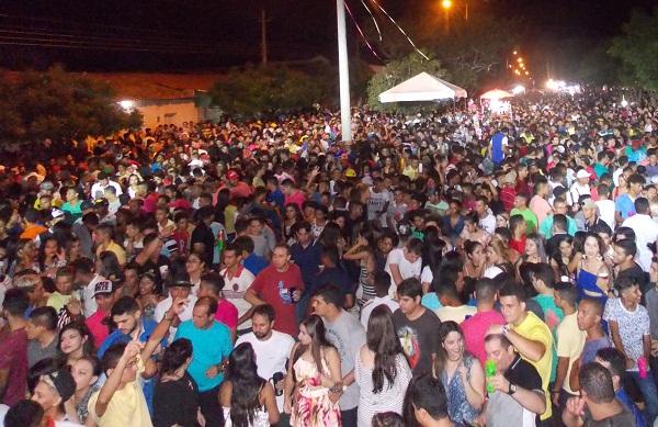 Hugo Napoleão Piauí fonte: www.canal121.com.br