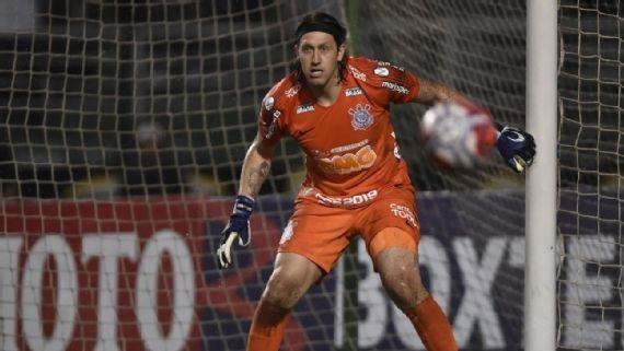 Corinthians elimina Santos nos pênaltis após atuação antológica de Cássio e faz final com o São Paulo