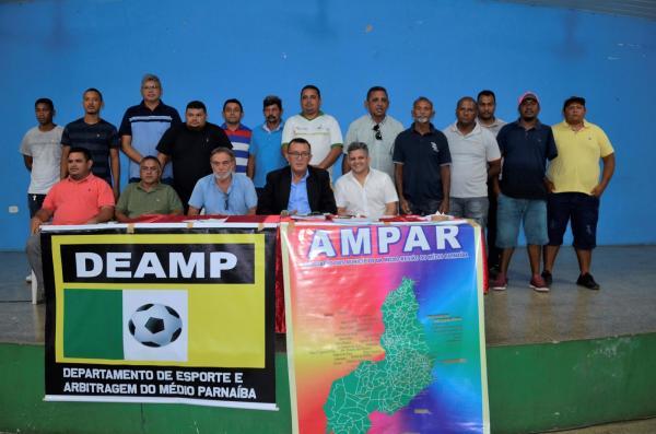 Reunião com secretários de Esportes define início do 3º Copão Ampar de Futebol