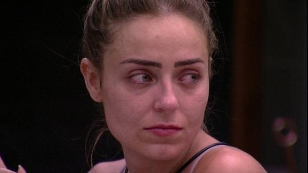 'BBB 19': polícia determina que Paula será intimada a depor sobre intolerância religiosa