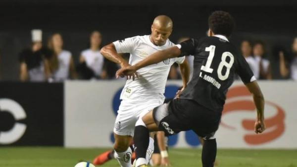 Com belo gol de Jean Mota, Santos domina o Vasco e vence jogo de ida na Vila Belmiro