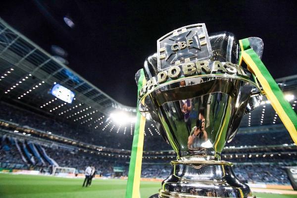 Flamengo e Corinthians vão se enfrentar nas oitavas da Copa do Brasil