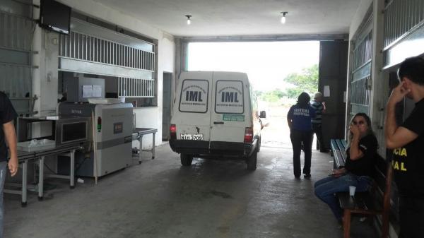 Instituto Médico Legal (IML) fez a remoção do corpo da Casa de Custódia (Imagem: Divulgação-Sinpoljuspi)